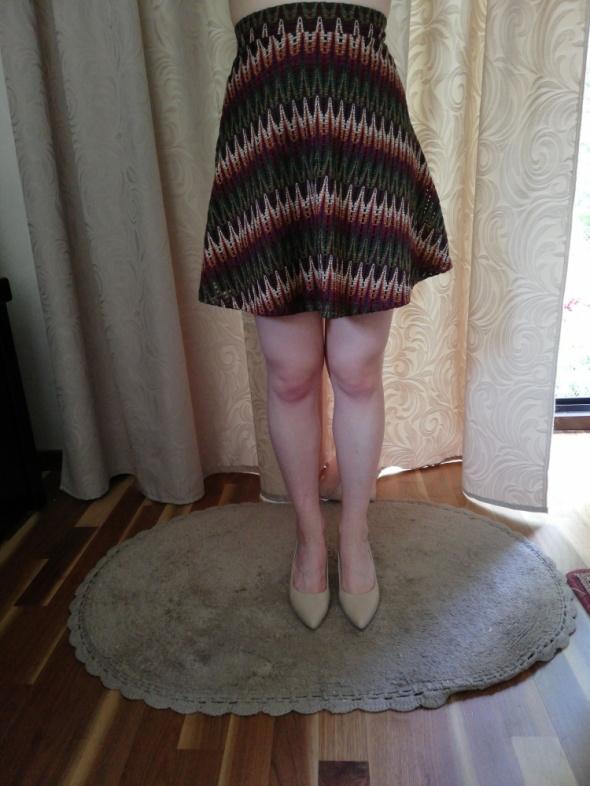 Spódnica krótka wielobarwna