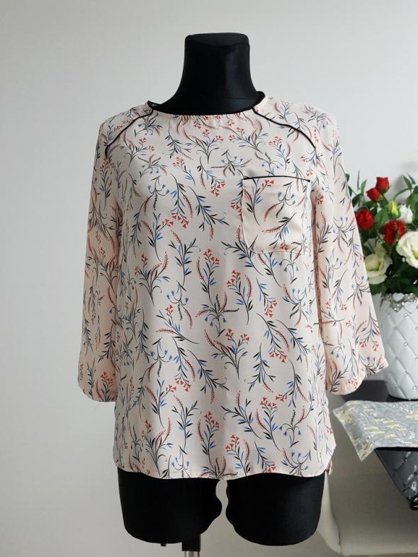 rózowa bluzka w wzory Primark