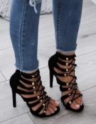 Szpilki sandałki sznurowane złote ringi...