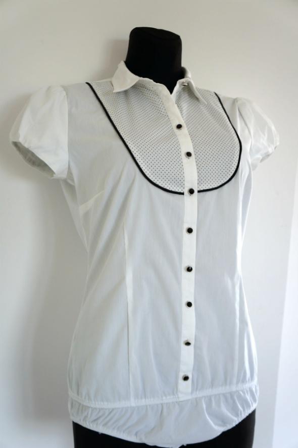 Eleganckie białe body koszulowe krótki rękaw...