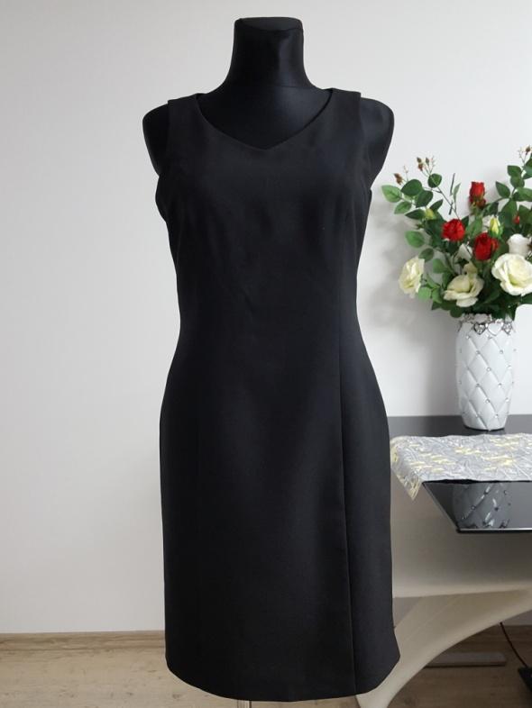 czarna sukienka Urban Classics