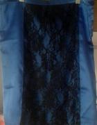 kobaltowa spódnica z koronką...