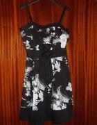 czarno biała sukienka na ramiączkach