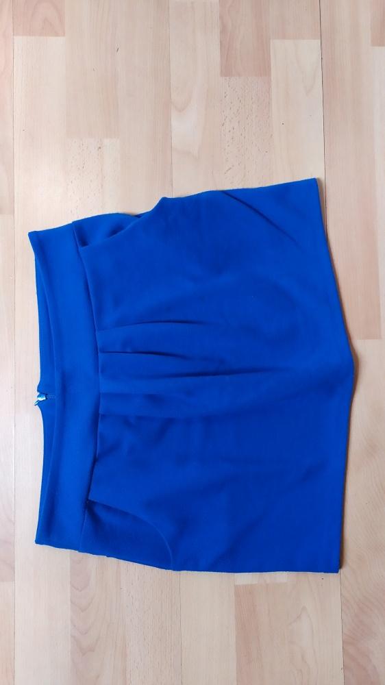 Niebieska spódniczka bombka mini 40 Miss Selfridge