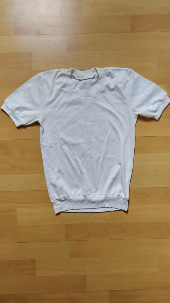 Biała klasyczna bluzka Tshirt 36