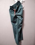 Spodnie dresowe 176...