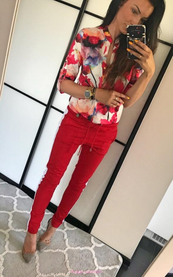 sexy czerwona koszula kiaty la blanche 38 40 złote guziki