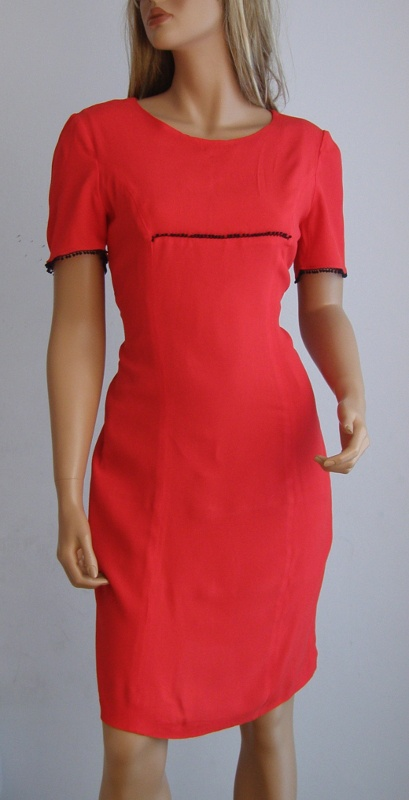 Sukienka gipiura koronka M haft nowa czerwona