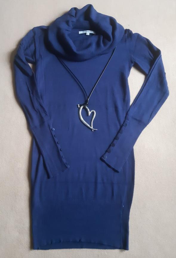 Granatowa sukienka z golfem Reserved rozm S...