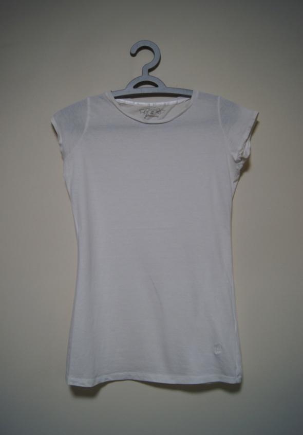 biała bluzka stradivarius XS S M basic nude koszul