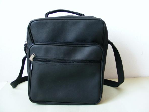 Czarna torba na ramię do szkoły pracy NOWI