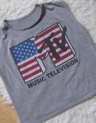Crop top MTV...