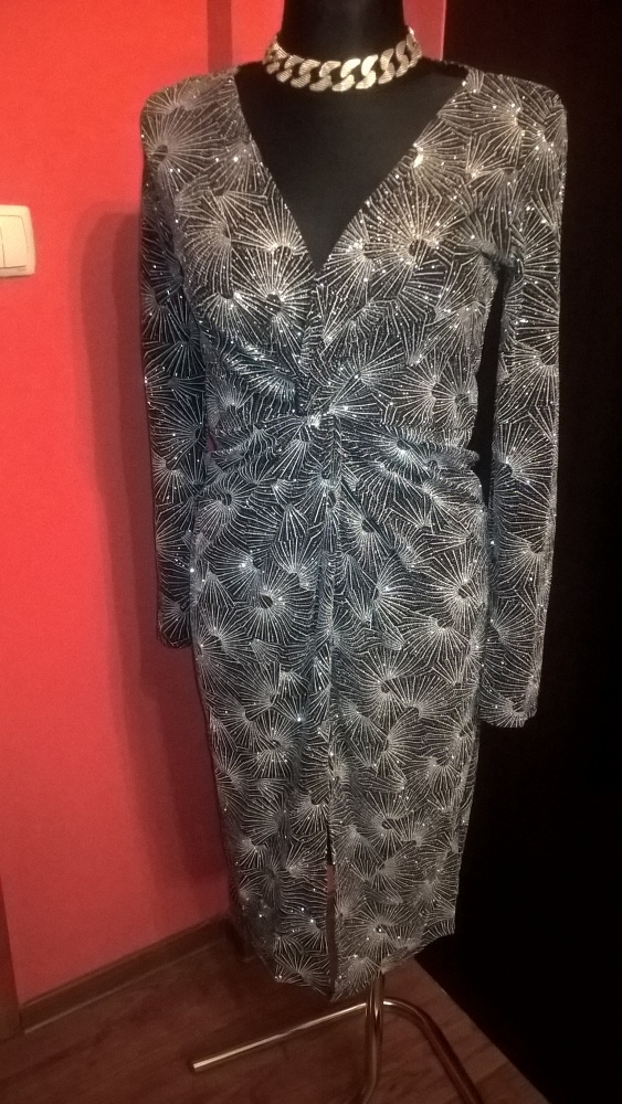 Suknie i sukienki Sukienka imprezowa czarna ze srebrnymi zdobieniami