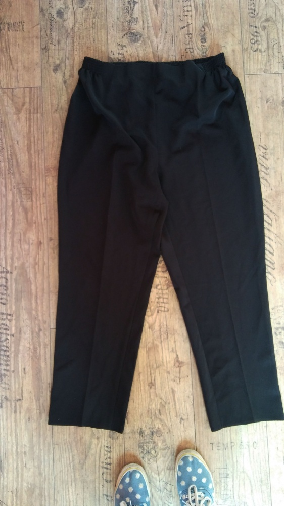 Spodnie Eleganckie eleganckie w kant 50 52 na gumce