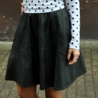 czarna spódnica ze skóry