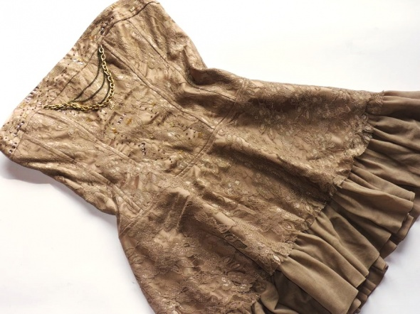 LOOK gorsetowa sukienka z łańcuszkami rozm 36