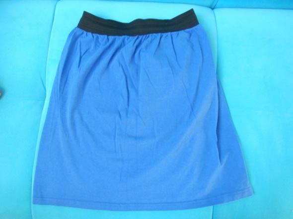 niebieska spodnica na gumce 36