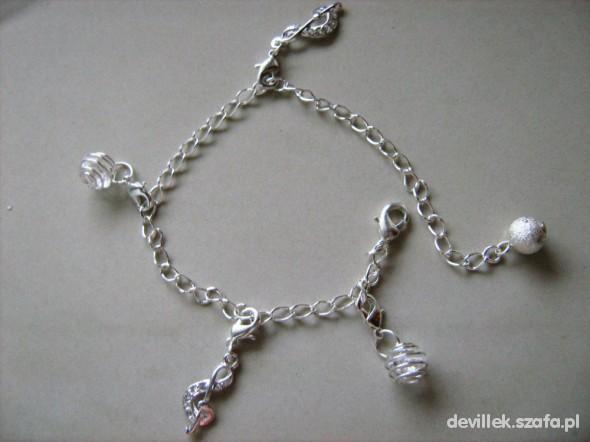 charms bransoleta
