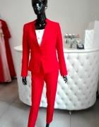 Czerwony komplet damski...