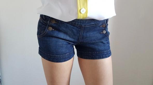 Stradivarius szorty jeans...