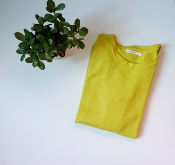 Limonkowy cienki sweterek...