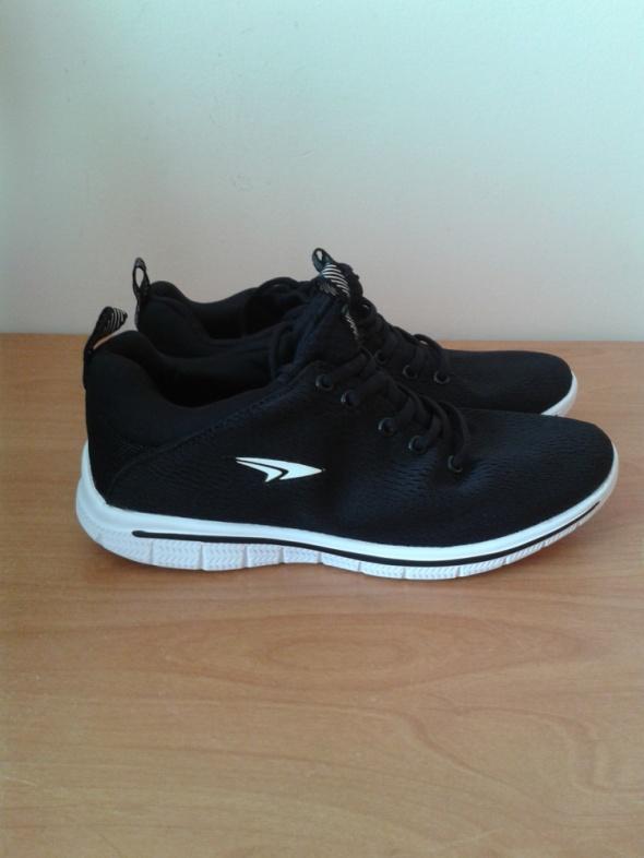 Czarne buty sportowe adidasy Sprandi 39 lekkie nowe z