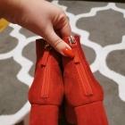 botki BERSHKA czerwone na słupku