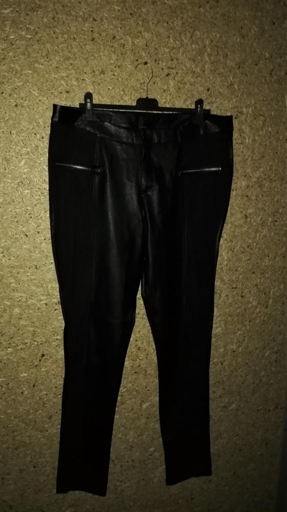 Czarne spodnie rurki ekoskóra 46 48...