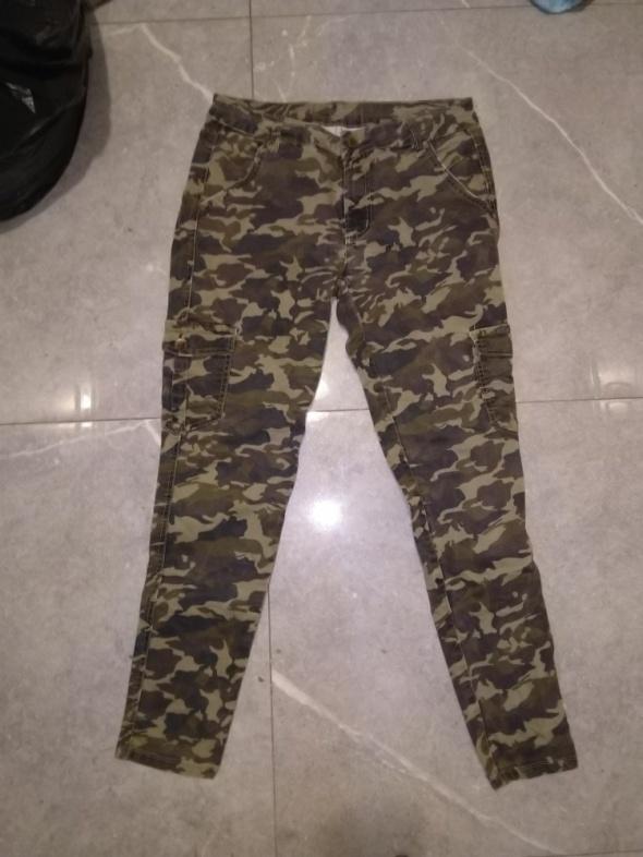Spodnie moro XL