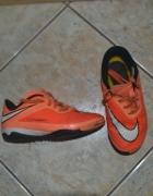 Nike buty halówki 27 i pół rozm wkł 16cm...