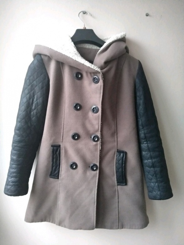 Zimowy płaszcz z kapturem S...