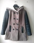 Zimowy płaszcz z kapturem S