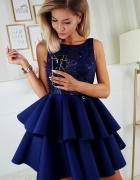 Piękna piankowa sukienka falbany XS SM L kolory granatowa...