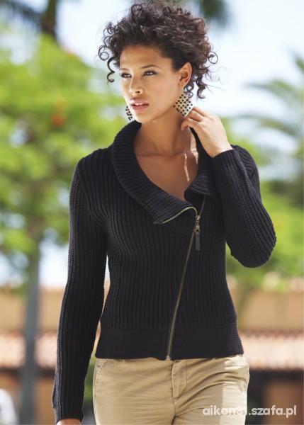 efektowny sweter czarny z zamkiem skośnie wszytym