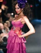 różowa sukienka falbanki Patricia Fields