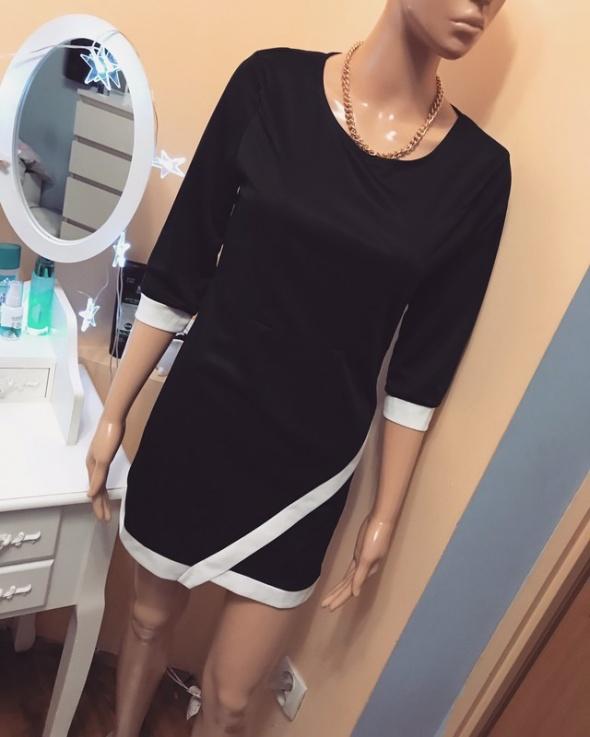 Sukienka asymetryczna mała czarna S M