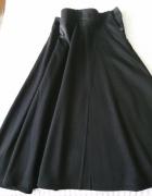 spodnica rozkloszowana czarna
