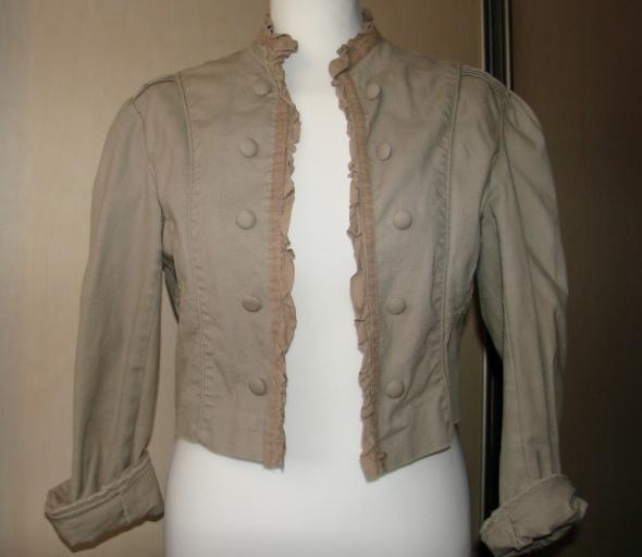 kurtka stylizowana na mundur...