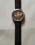 Zegarek na Czarnym Pasku z Ekoskóry...