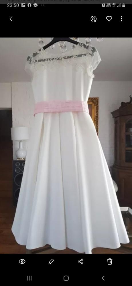Sukienki i spódniczki Piękna sukienka ecru z koronką jak nowa komunia