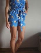 Kombinezon xs s new Look w kwiaty...