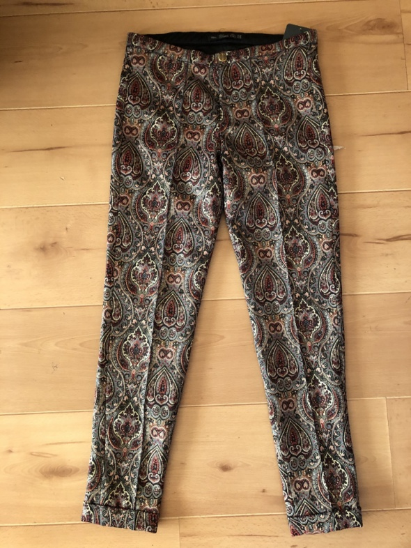 Nowe spodnie żakardowe Zara