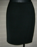 czarna spódnica Todor 48