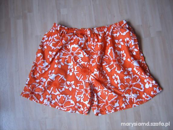 Pomaranczowe w kwiaty