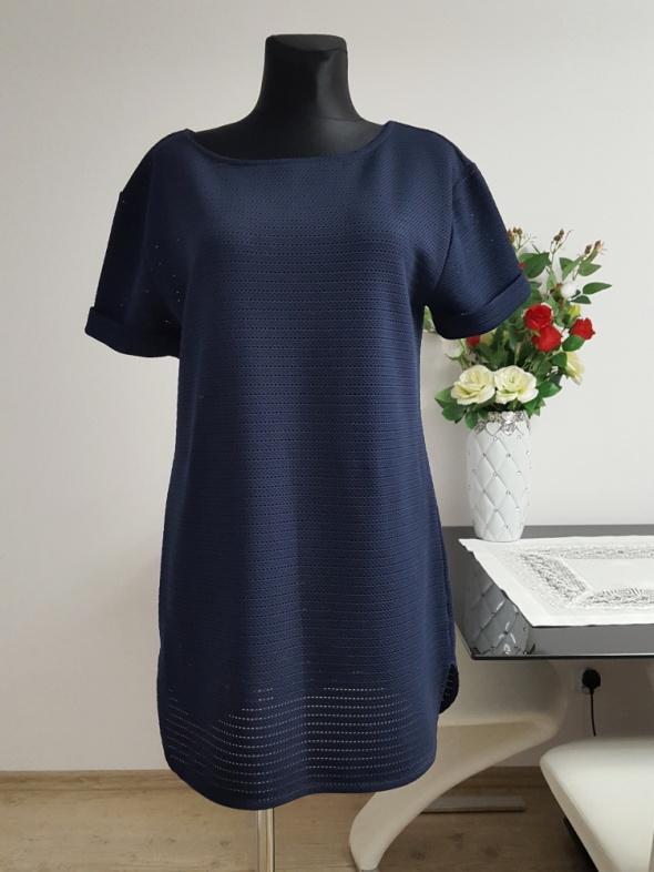 granatowa sukienka Next