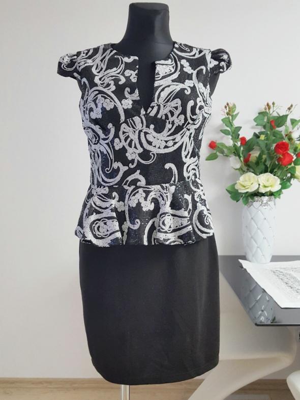 czarno biała sukienka z cekinami Parisian
