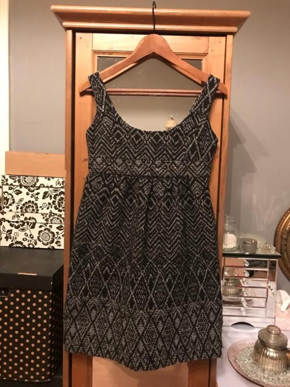 Wełniana sukienka Zara XS 34