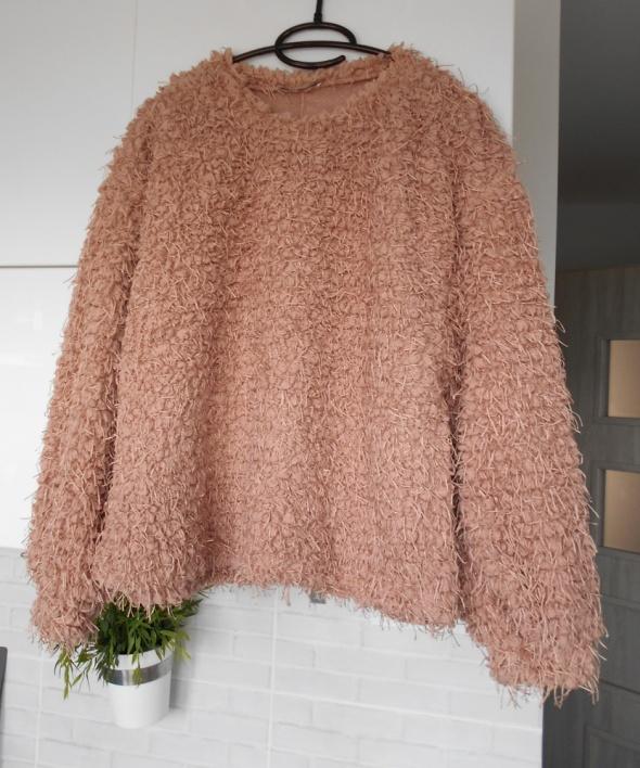Zara futrzana bluza pudrowy róż futrzak frędzle