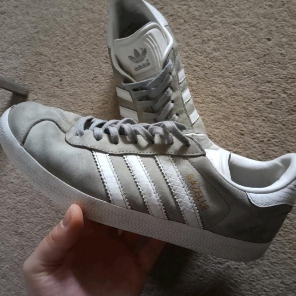 Adidas gazelle...