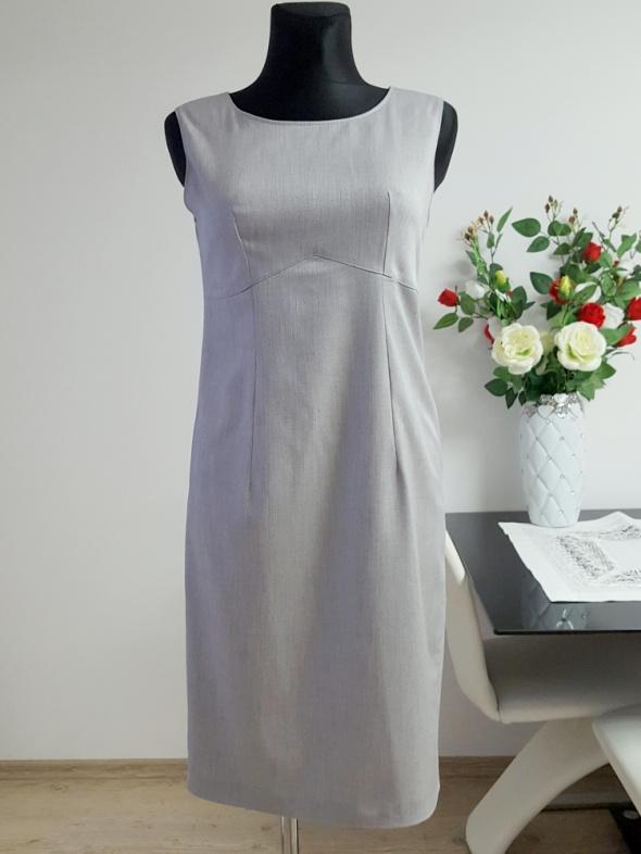 popielata sukienka